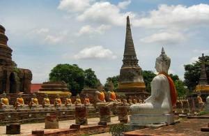 In het historisch park van Ayutthaya bevinden zich de meeste bezienswaardigheden.