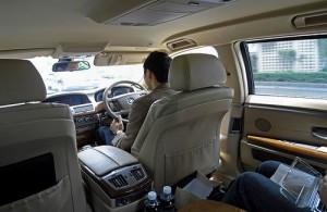 De balie van Limousine service bevindt zich in de aankomsthal het vliegveld.