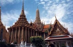 In Wat Phrae Kaeo bevindt zich de 'Smaragden Boeddha'.