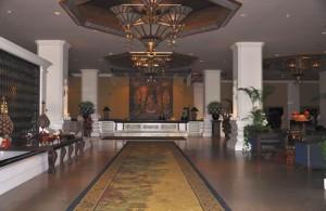 Veel hotels in Chiang Mai, zoals het Chiang Mai Plaza hotel zijn ingericht in Lanna stijl.