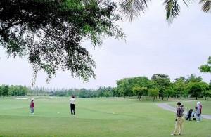Rondom Pattaya liggen diverse golfbanen van hoge kwaliteit.