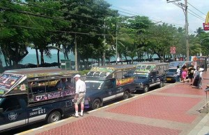 Het meest populaire vervoermiddel in Pattaya is de songtaew (Bathbus).