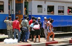Je kunt in Thailand per trein 1e, 2e of 3e klas reizen.