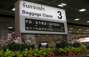 De afhandeling van de bagage op het vliegveld te Bangkok verloopt doorgaans vlot en soepel.