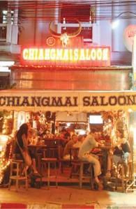 In het centrum van Chiang Mai liggen voldoende pubs, bars en disco's.