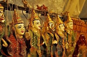 Op de Chiang Mai Night Bazaar worden veelal lokaal geproduceerde producten verkocht.