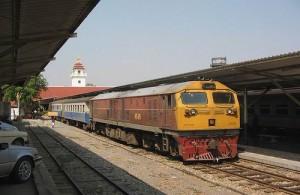 Vanuit het treinstation van Chiang Mai reis je in 12 tot 15 uur naar Bangkok.