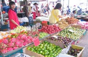 De Weekend markt is een echte Thaise markt.