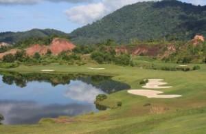 Red Mountain Golf Course is de nieuwste golfbaan op Phuket.