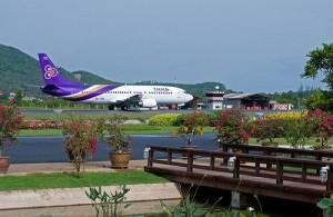 Met Bangkok Airways en Thai Airways vlieg je rechtstreeks op Koh Samui.