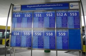 De stadsbus heeft 12 routes naar Bangkok.