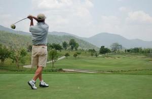 Verspreid over Thailand liggen meer dan 200 professionele golfbanen.