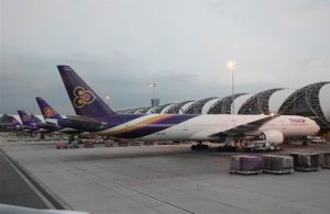 Thai Airways op haar thuisbasis op Suvarnabhumi International Airport Bangkok.