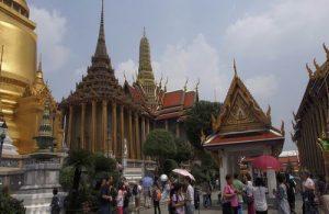 Grand Palace en Wat Phra Kaew zijn van 1 t/m 29 oktober 2017 voor het publiek gesloten.